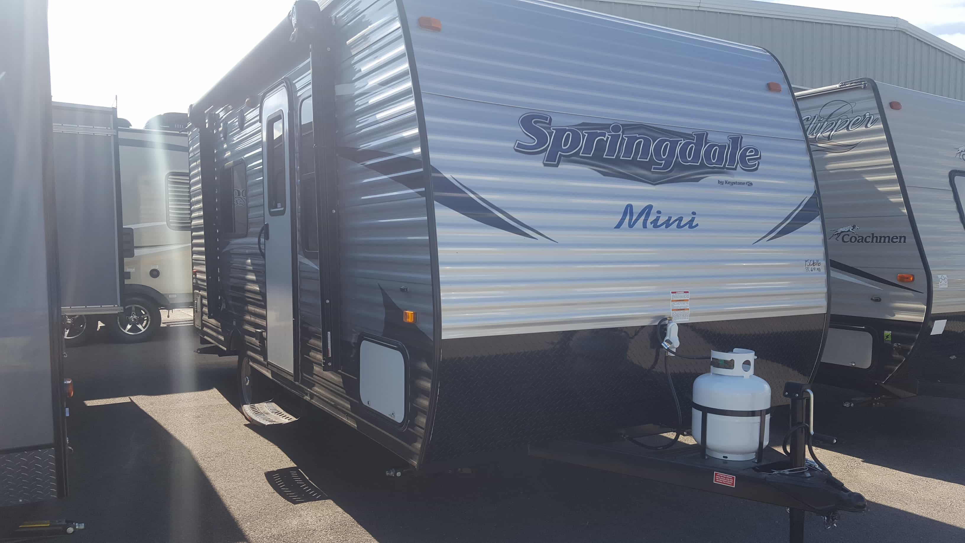 NEW 2018 Keystone SUMMERLAND MINI 1700FQ - American RV