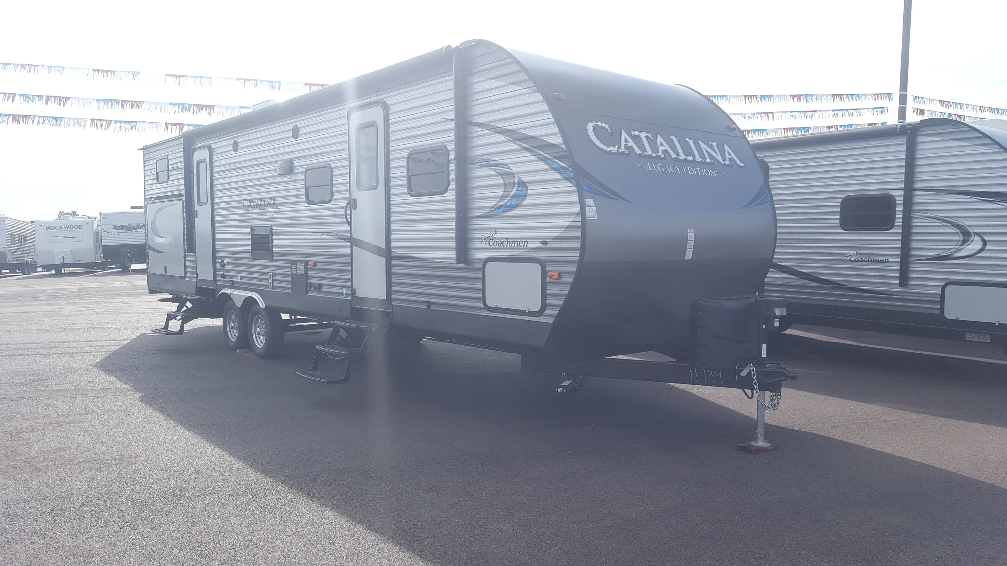NEW 2018 Coachmen CATALINA 323BHDSCKLE - American RV