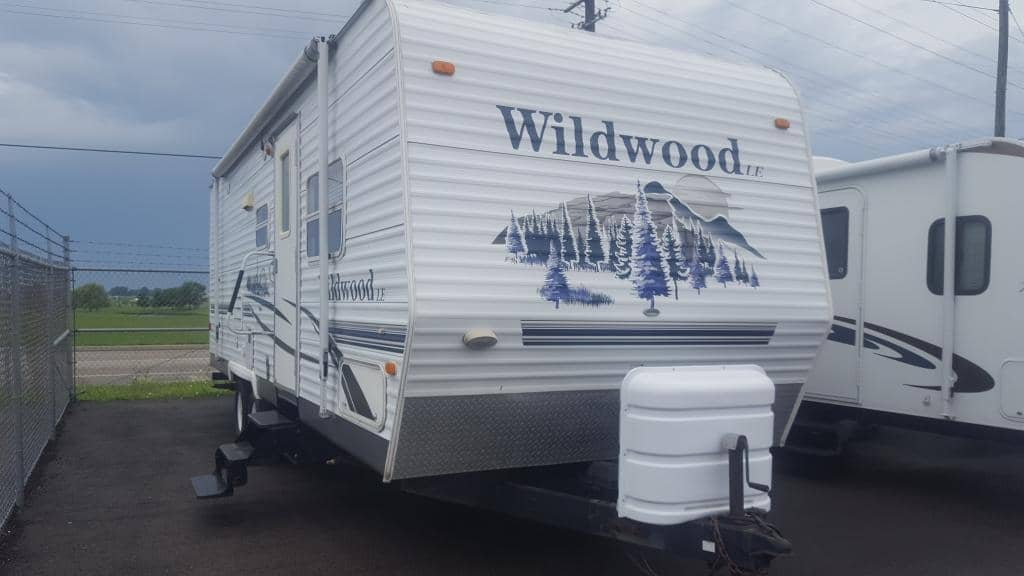 2006 Forest River Wildwood Le 25BHBS - American RV