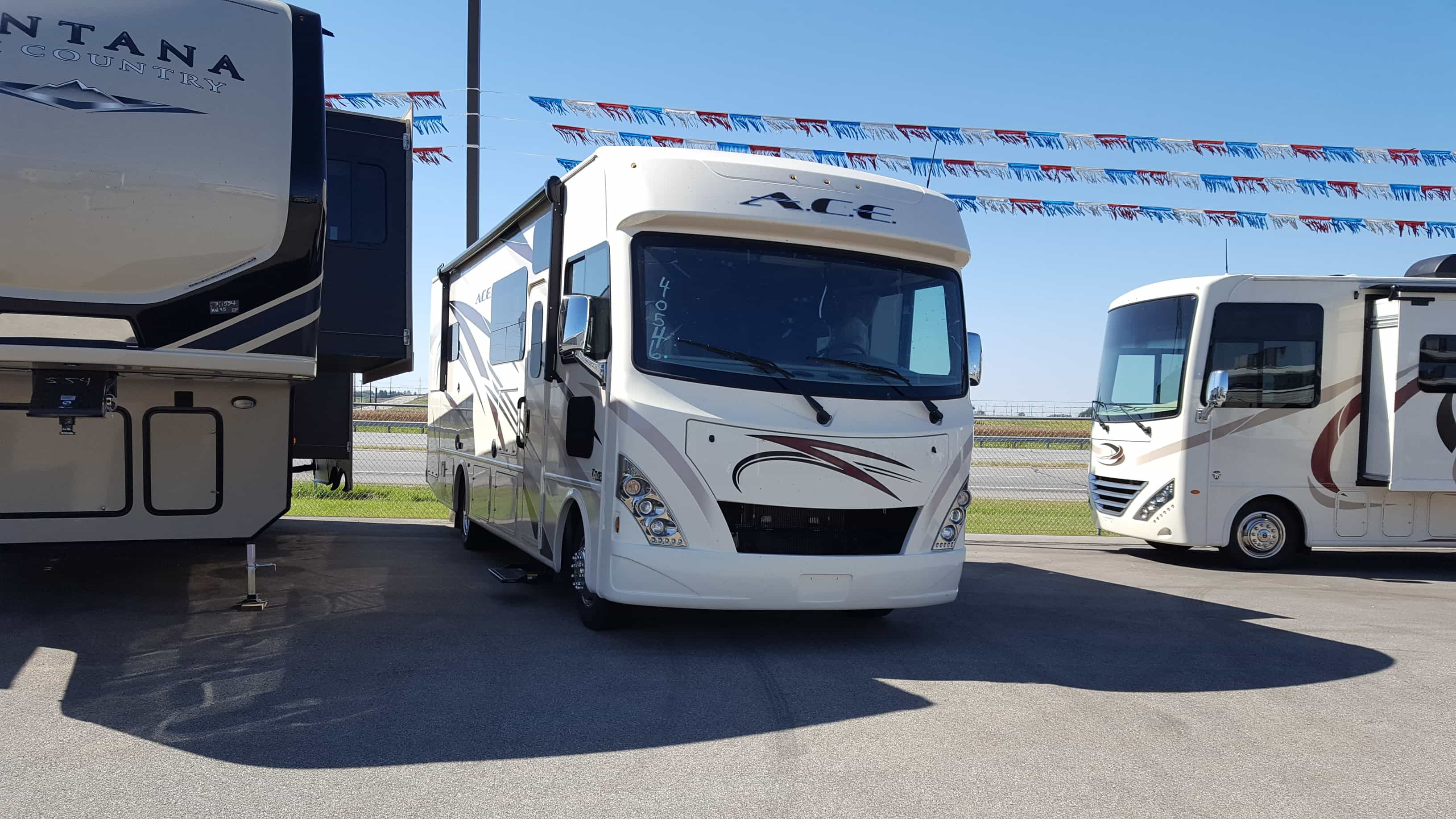 NEW 2018 Thor Motor Coach ACE 29.4 - American RV