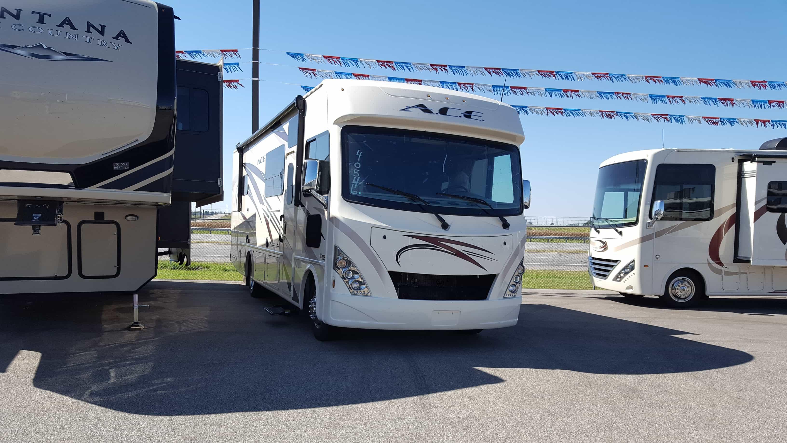 NEW 2018 Thor Motor Coach ACE 29.4 - American RV