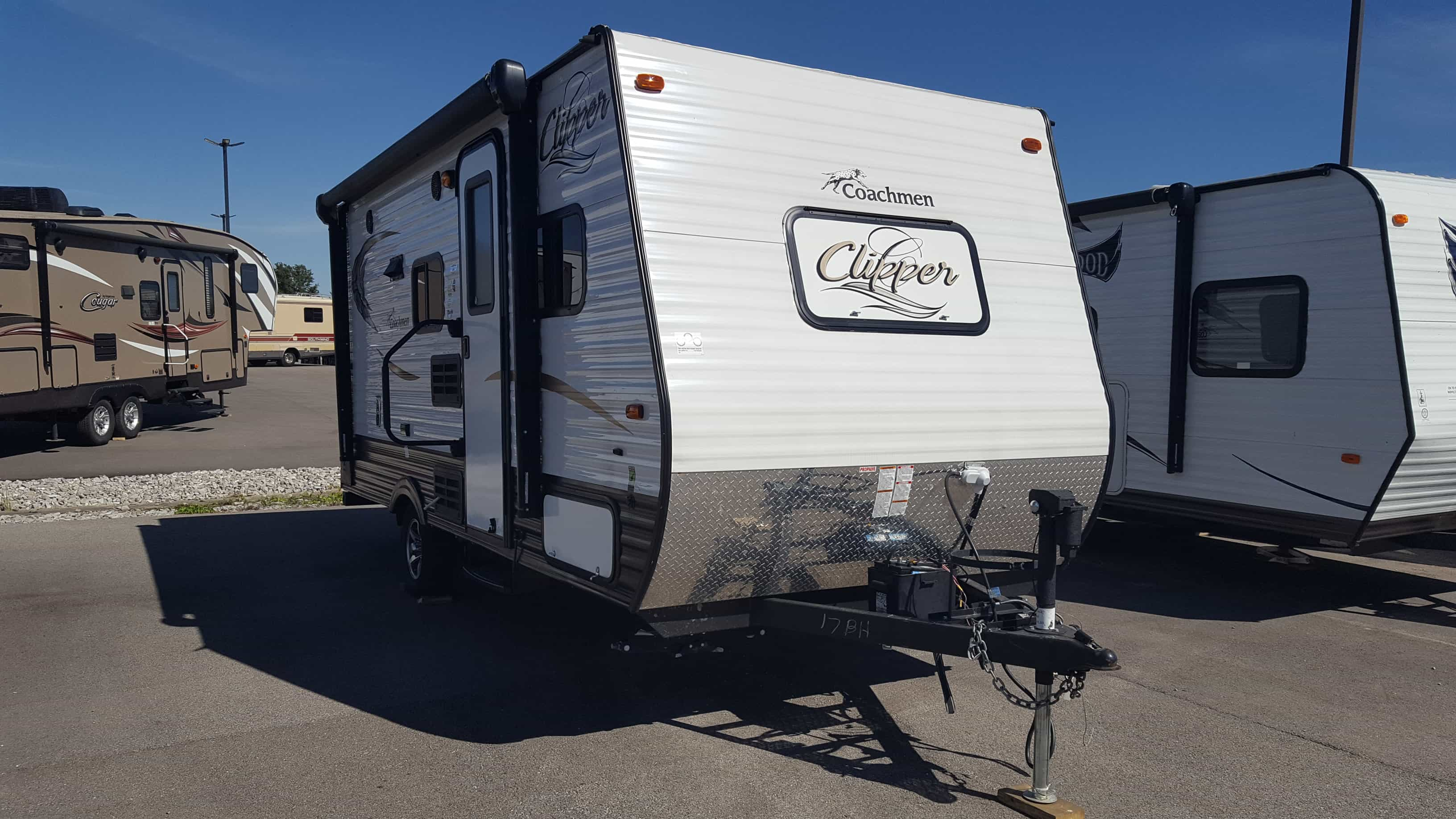 USED 2016 Coachmen CLIPPER 17BH - American RV
