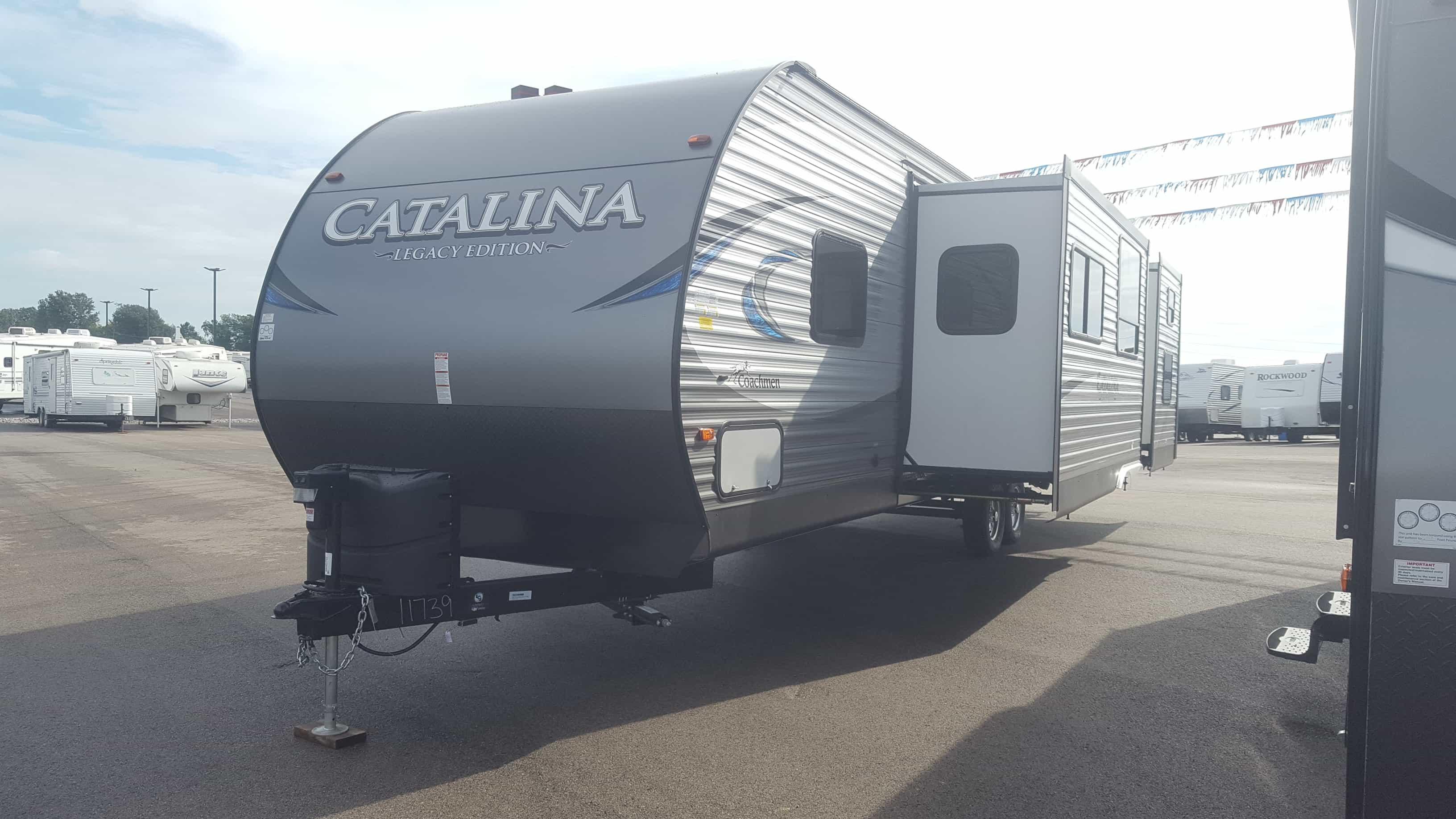 NEW 2018 Coachmen CATALINA 323BHDSCKLE - American RV