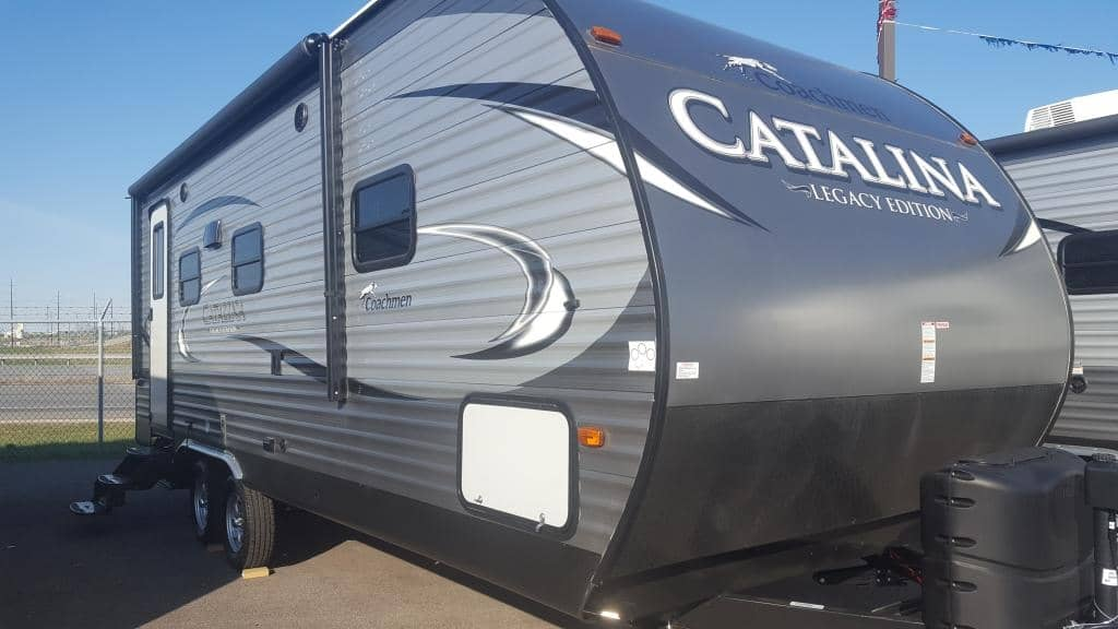 2017 Forest River Catalina 223RBS - American RV
