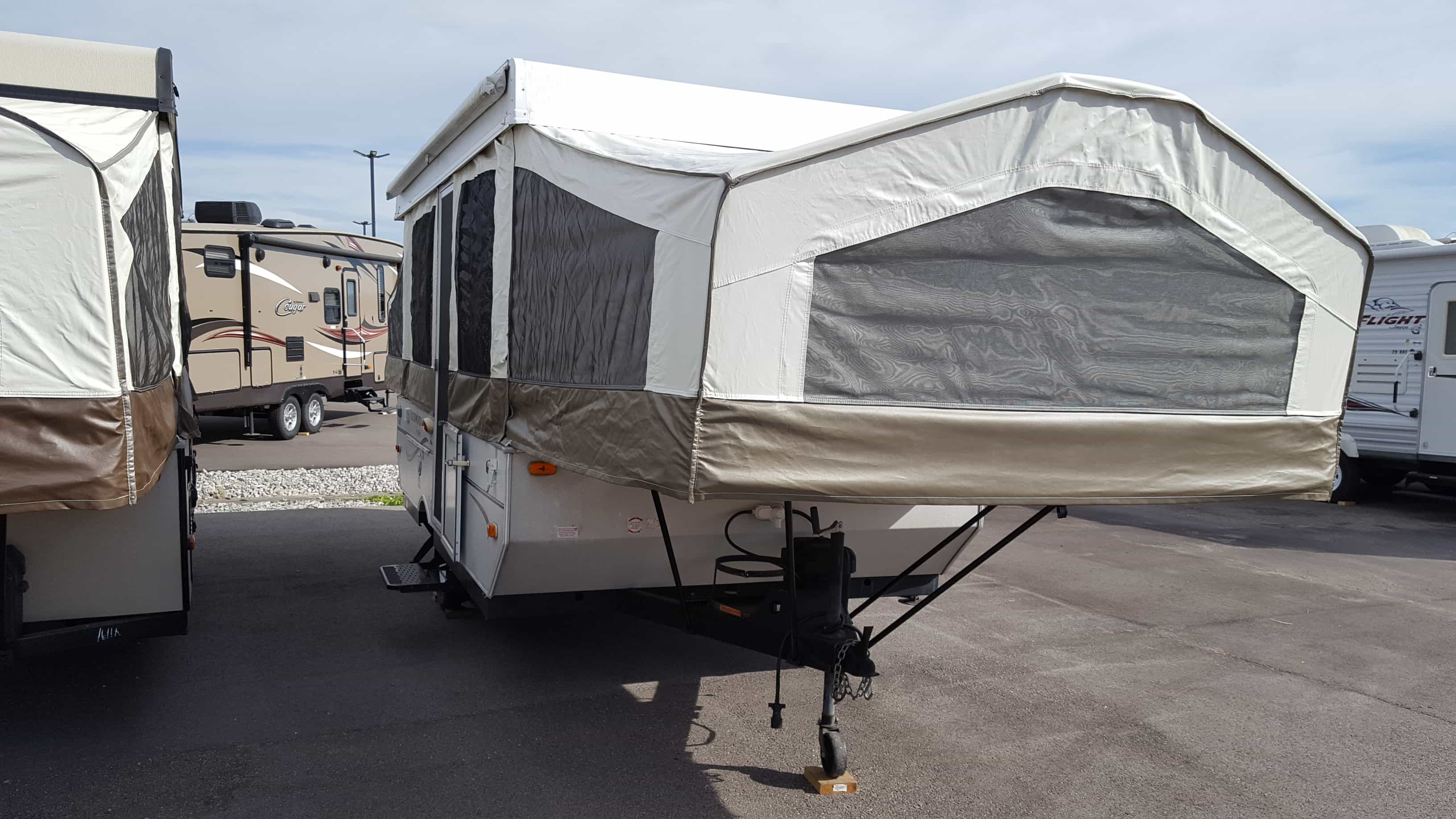 USED 2008 Forest River ROCKWOOD 2270 - American RV