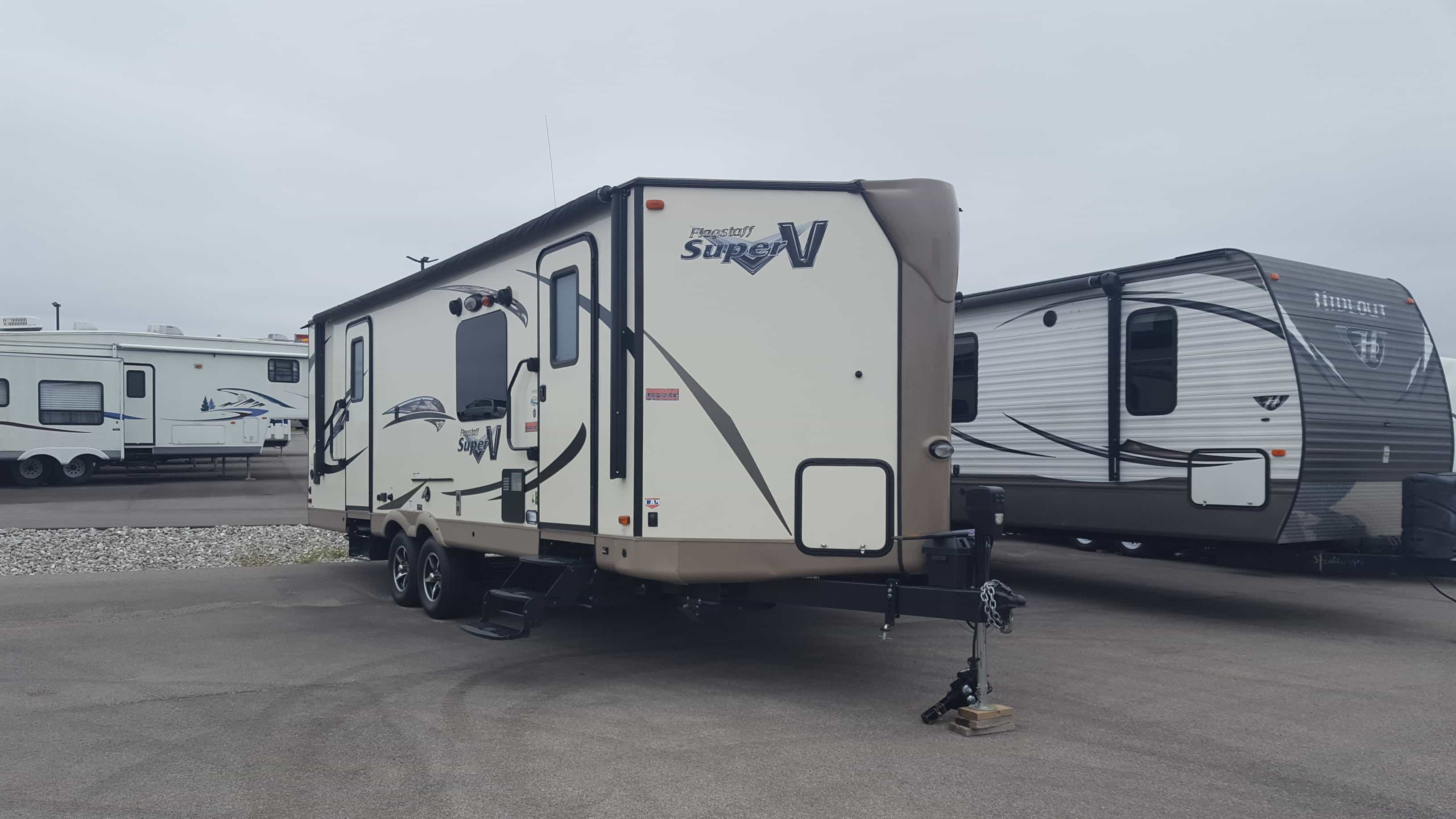 USED 2016 Forest River FLAGSTAFF 26VFKSS - American RV