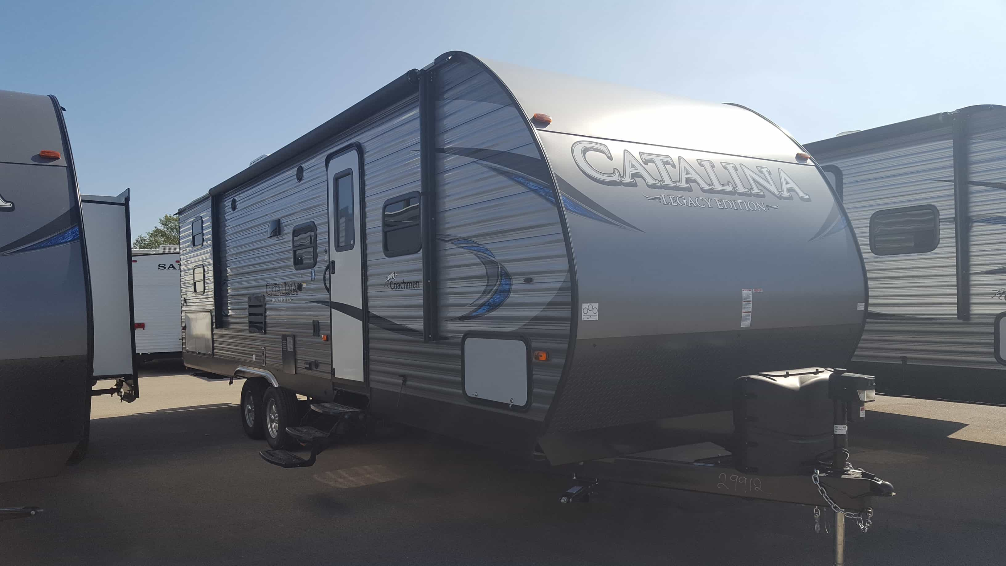 NEW 2018 Coachmen CATALINA 293QBCKLE - American RV