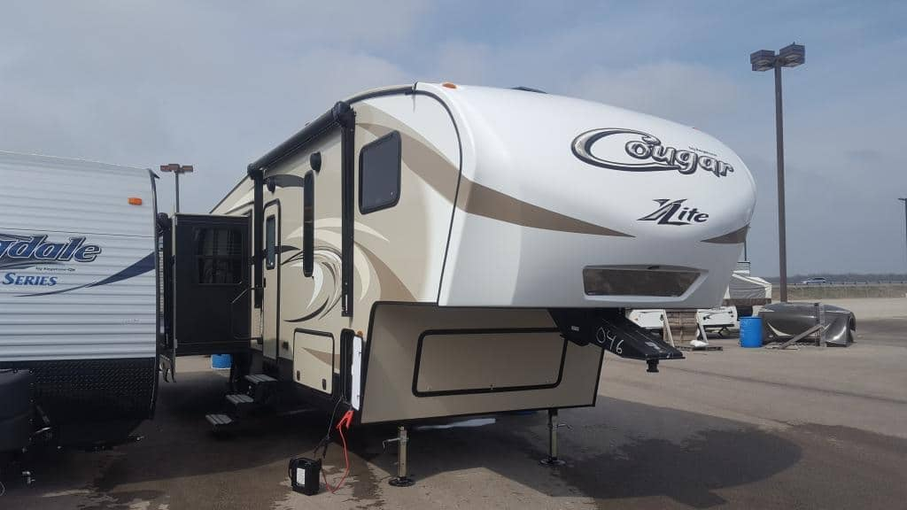 NEW 2017 Keystone Cougar 29RES - American RV
