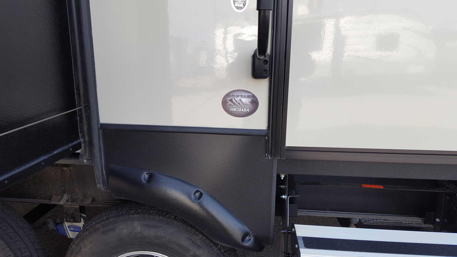 NEW 2018 Keystone MONTANA HIGH COUNTRY 384BR - American RV