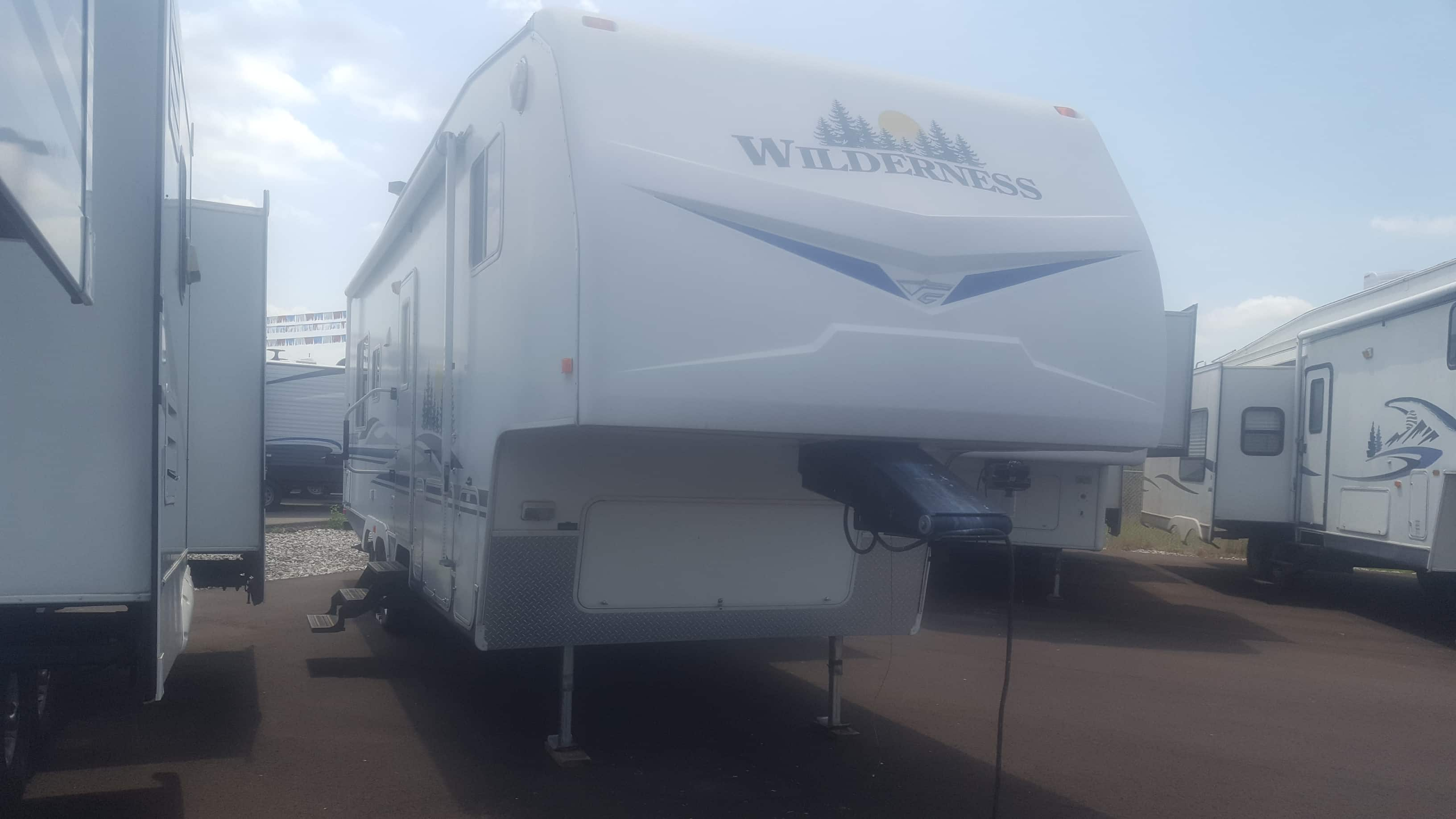 USED 2007 Fleetwood Wilderness 295RLS - American RV