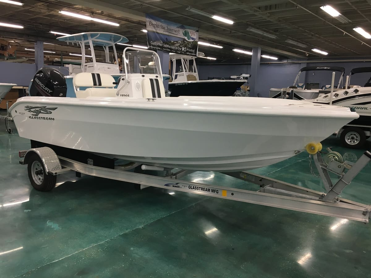 NEW 2016 Glasstream CENTER CONSOLE 180CC