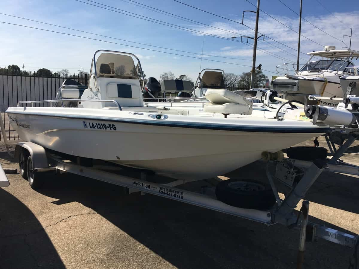 USED 2002 Fishmaster BAY 22