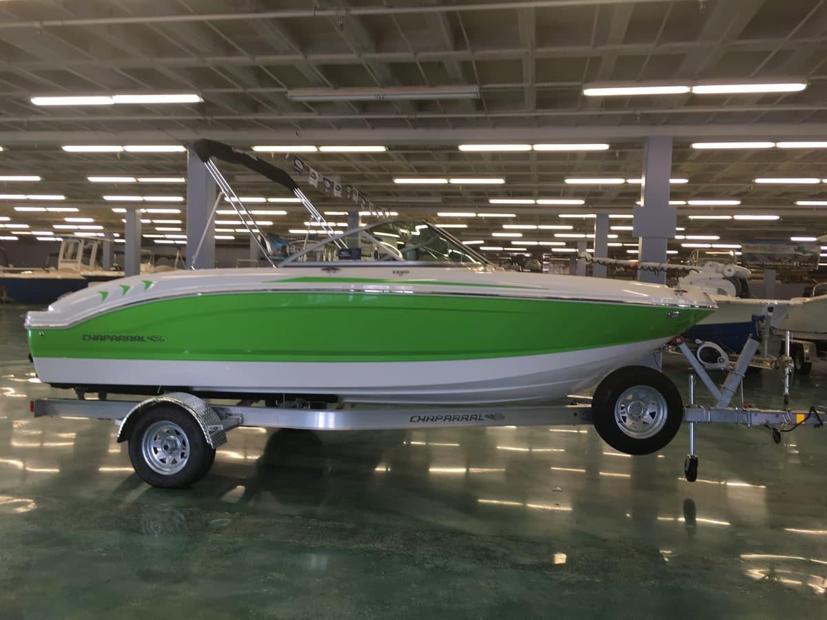 NEW 2017 Chaparral H2O 19 SKI & FISH