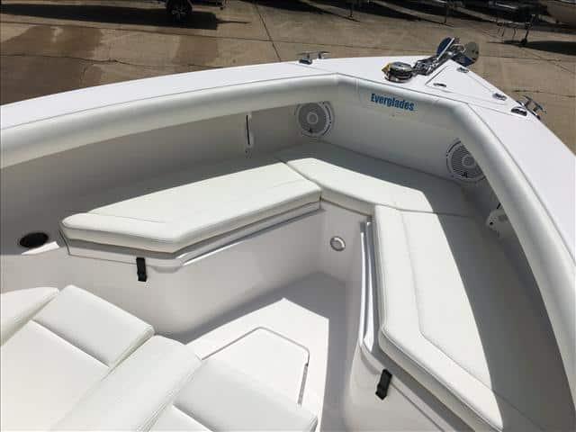 New  2017 24.7' Everglades 255 Fish Boat