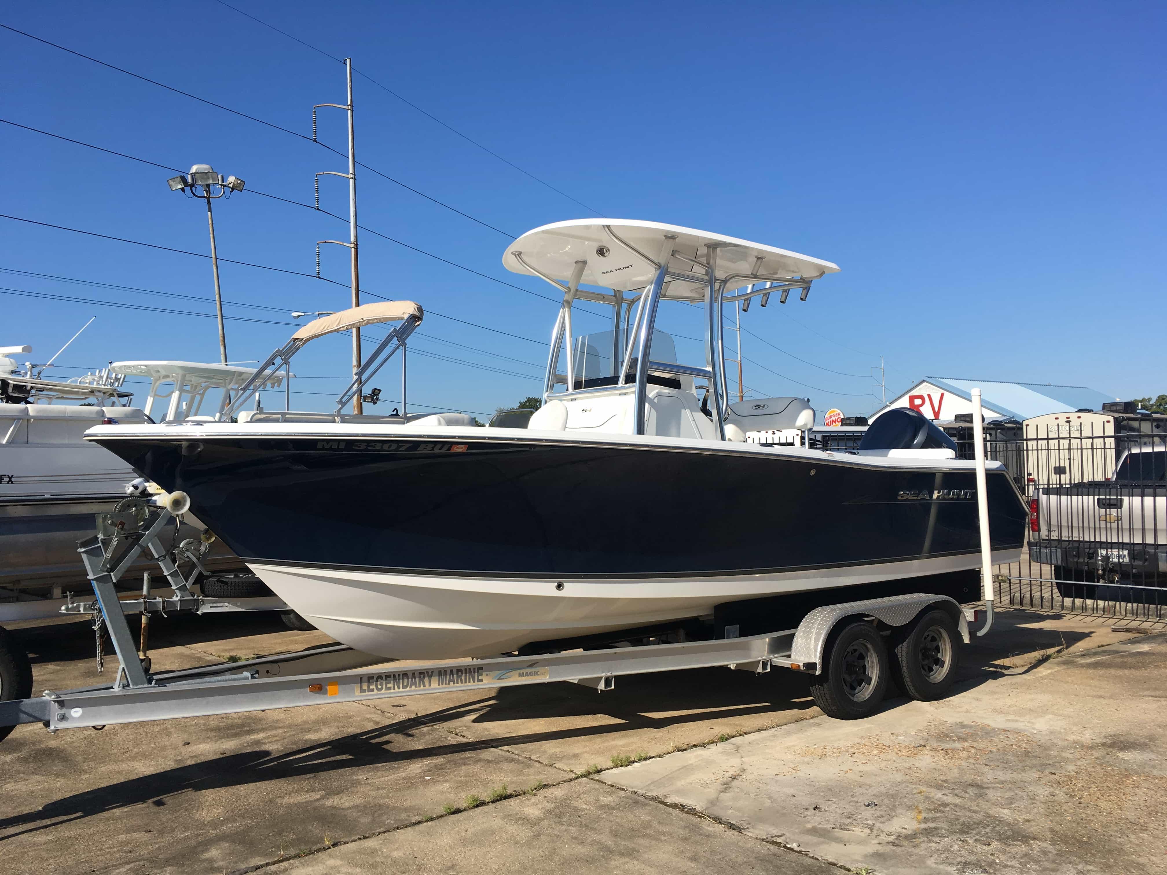 USED 2012 Sea Hunt Ultra 225