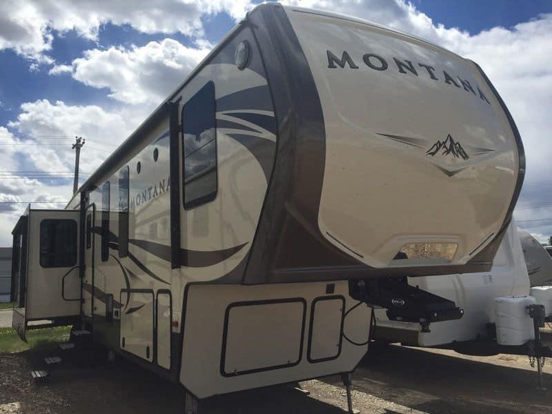NEW 2017 Keystone MONTANA 3950 BR