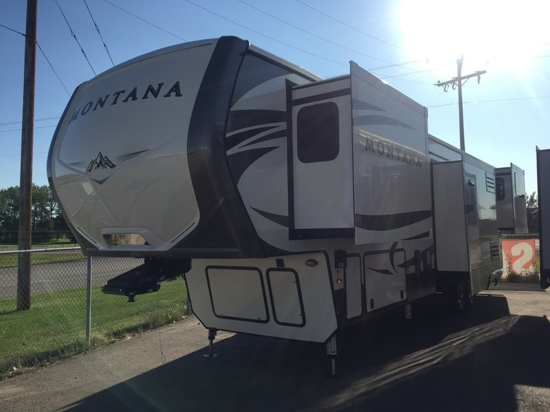 NEW 2017 Keystone RV Montana 3790RD