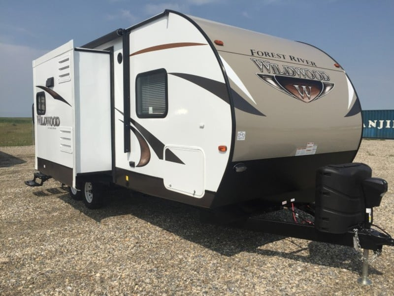 NEW 2016 Forest River Wildwood T23RBS