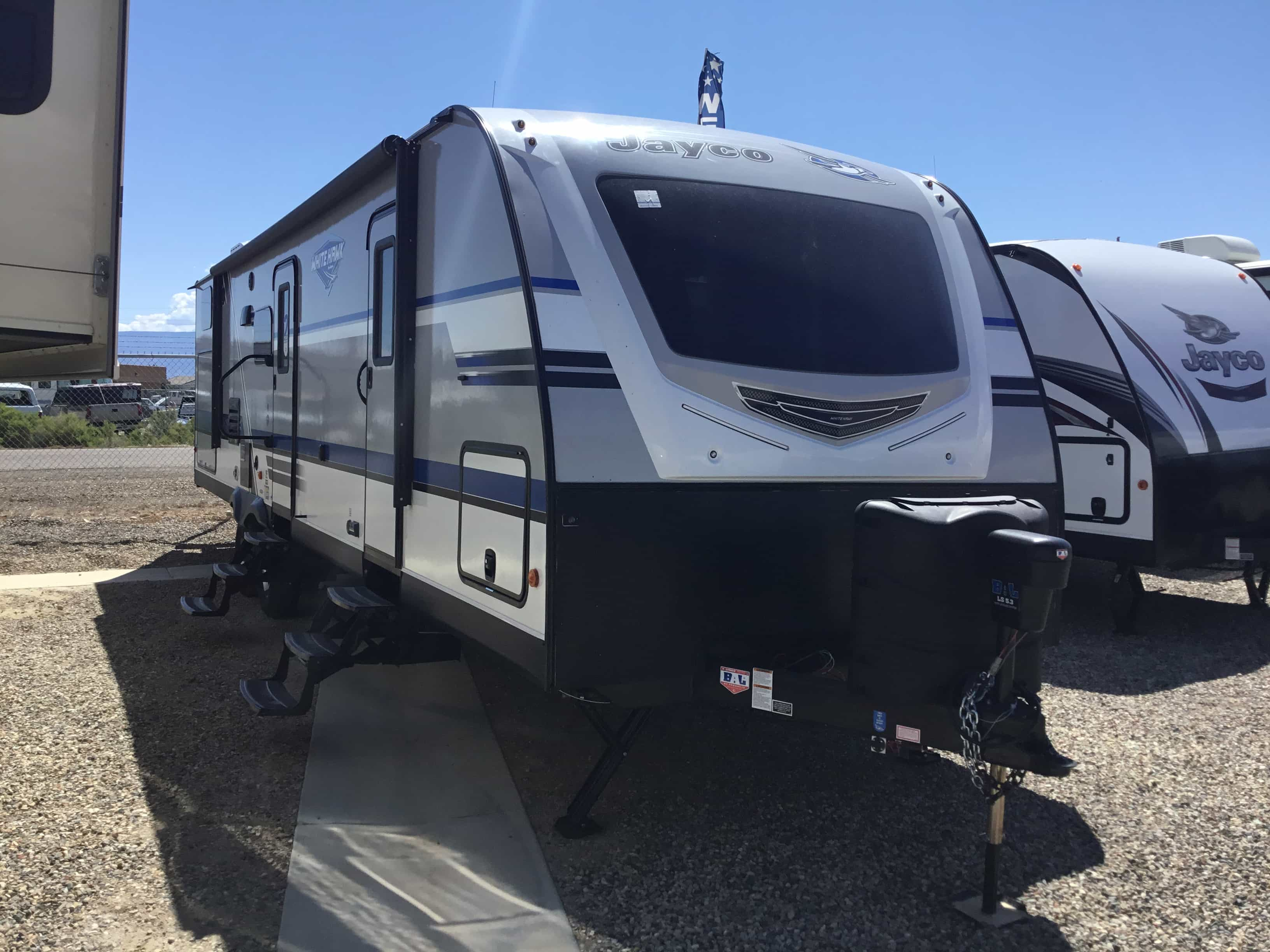 2018 JAYCO JAYCO 31BH WHITE HAWK J14Z0085 also 2007 East Aluminum Frameless Dump Trailer together with 2017 Mac Mvp Smooth Side Dump Trailer 33x96 likewise 361518120502 likewise What Is The Difference Between Full Overlay And Half Overlay Hinges. on frameless dump trailer