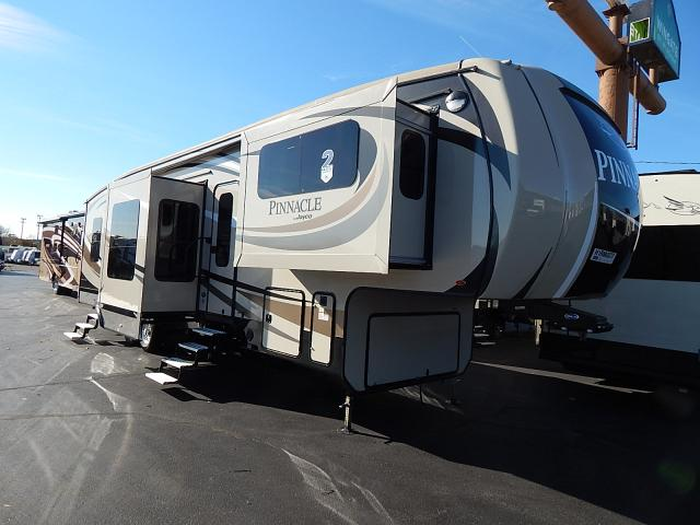 2017 JAYCO PINNACLE 38FLSA - Rick's RV Center