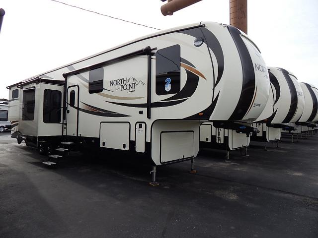 NEW 2017 JAYCO NORTH POINT 387RDFS - Rick's RV Center