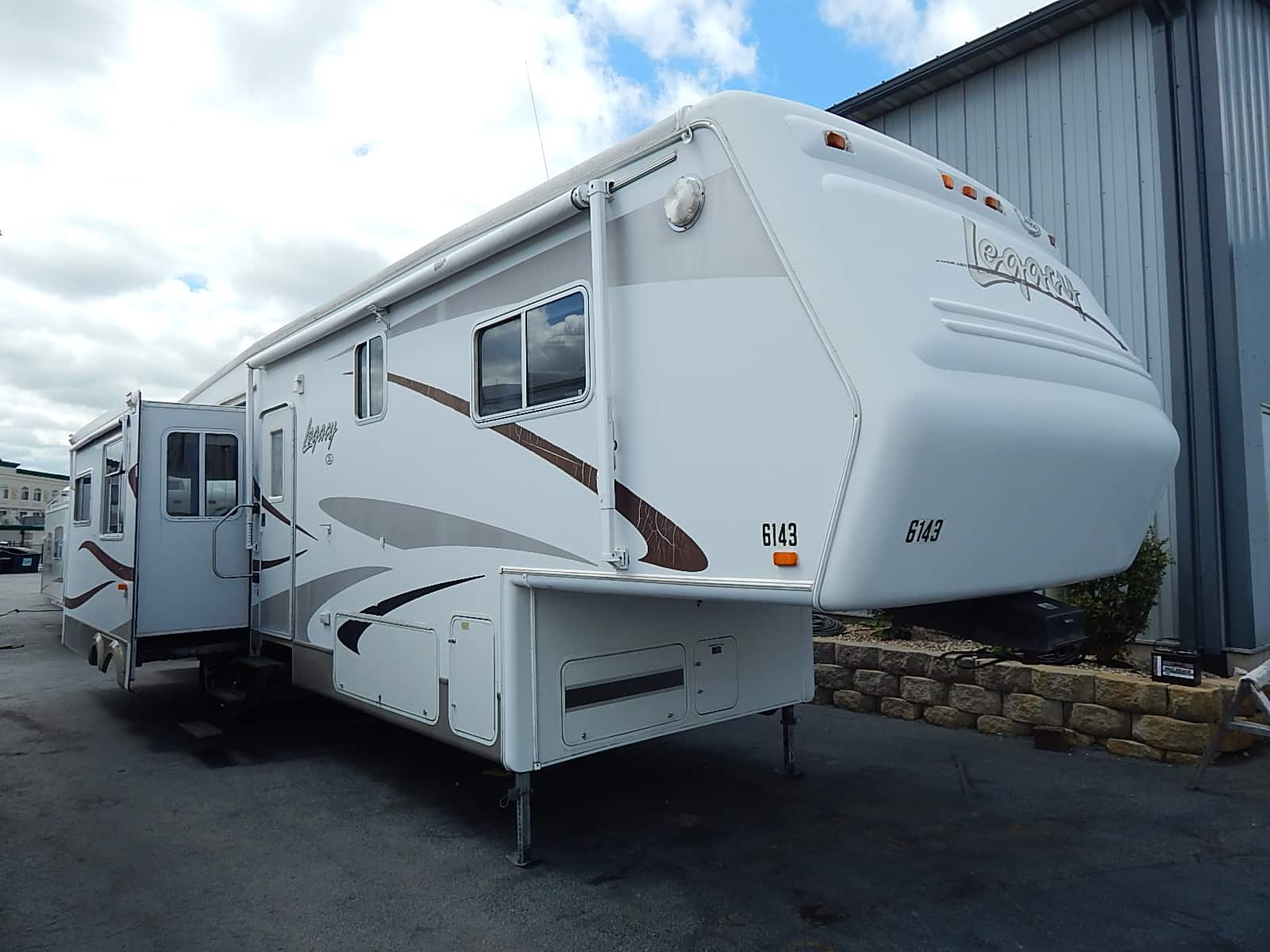 USED 2004 JAYCO LEGACY 3610RLTS - Rick's RV Center