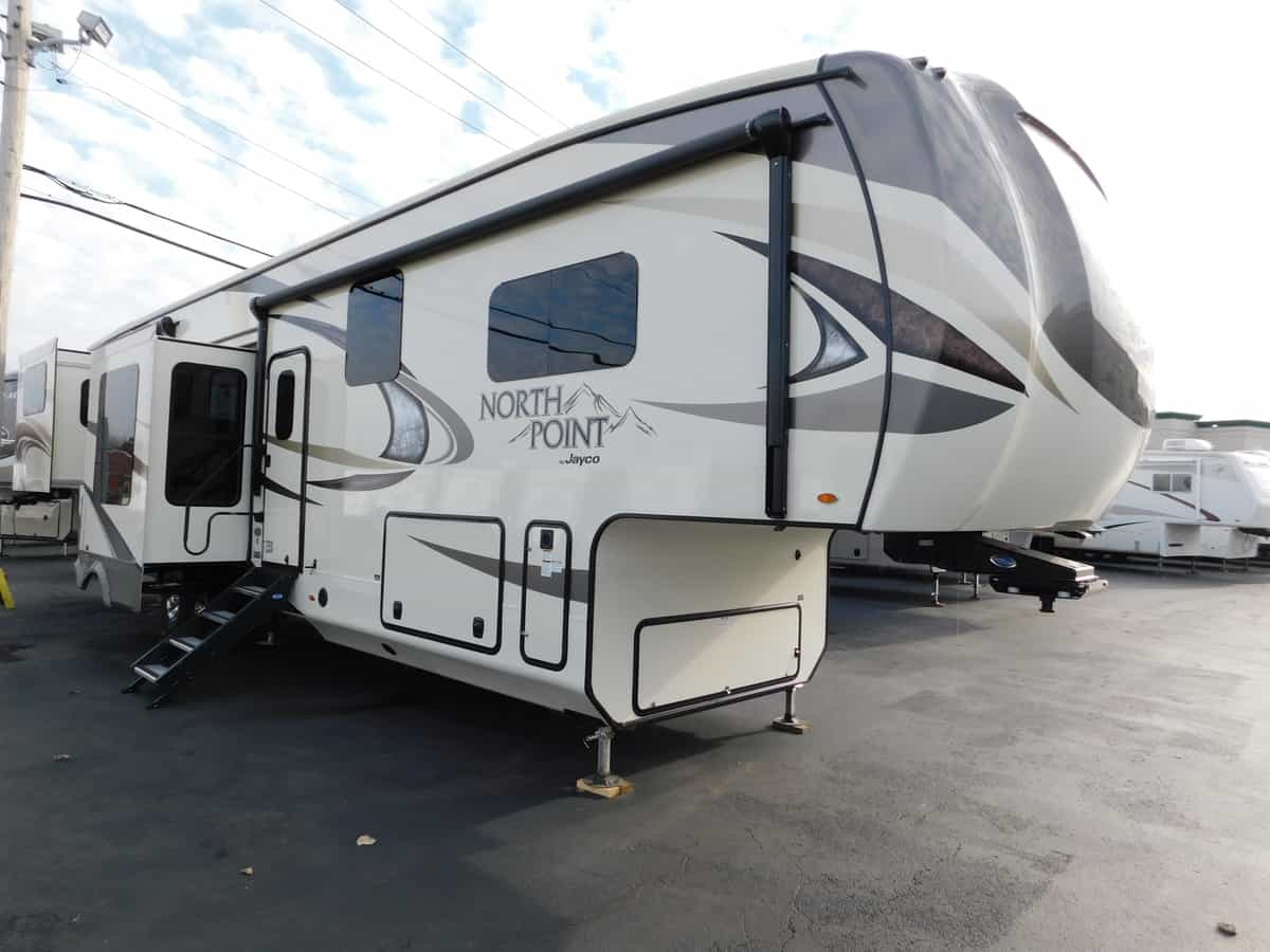 NEW 2018 Jayco NORTH POINT 387RDFS - Rick's RV Center