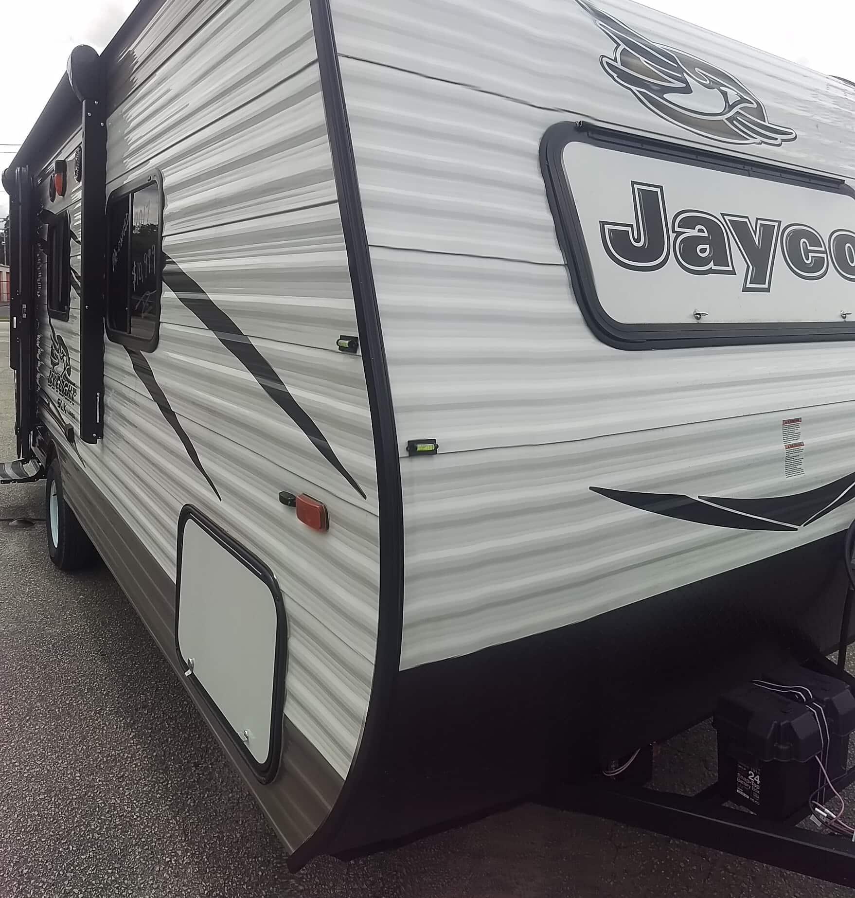 USED 2017 Jayco Jay Flight SLX 195RB