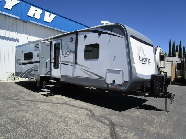 2018 HIGHLAND RIDGE OPEN RANGE 272RL