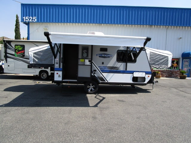 2018 JAYCO JAY FEATHER 17Z
