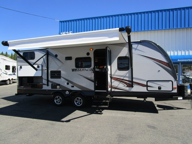 NEW 2018 HEARTLAND WILDERNESS 2475BH