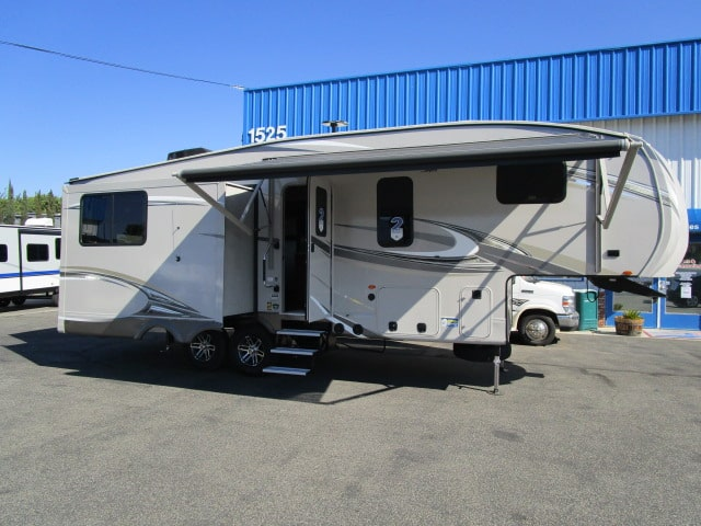 NEW 2018 JAYCO EAGLE 27.5RLTS