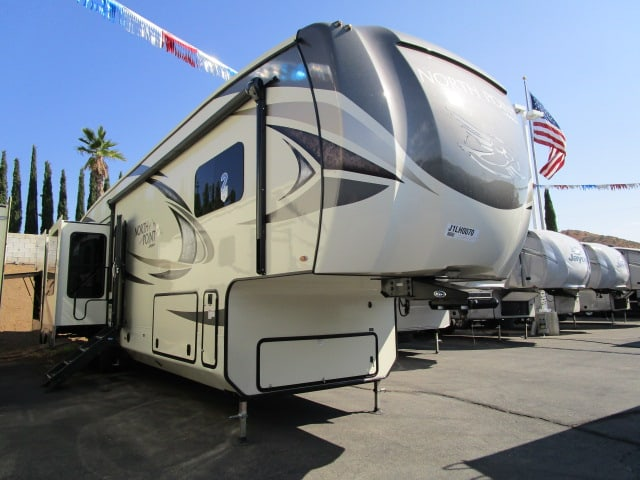 NEW 2018 JAYCO NORTH POINT 361RSFS