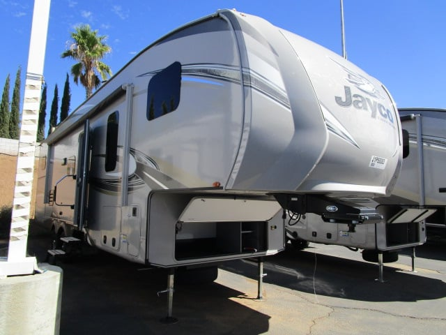 NEW 2018 JAYCO EAGLE 29.5BHOK