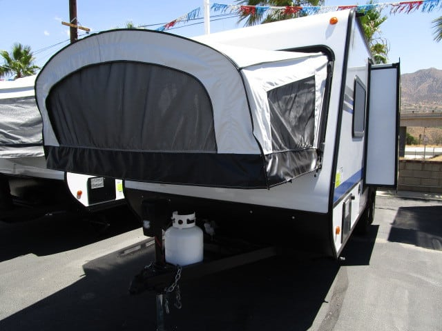 NEW 2018 JAYCO JAY FEATHER 19XUD