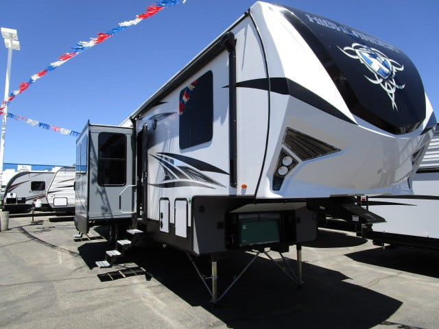 NEW 2019 Highland Ridge HIGHLANDER 350H