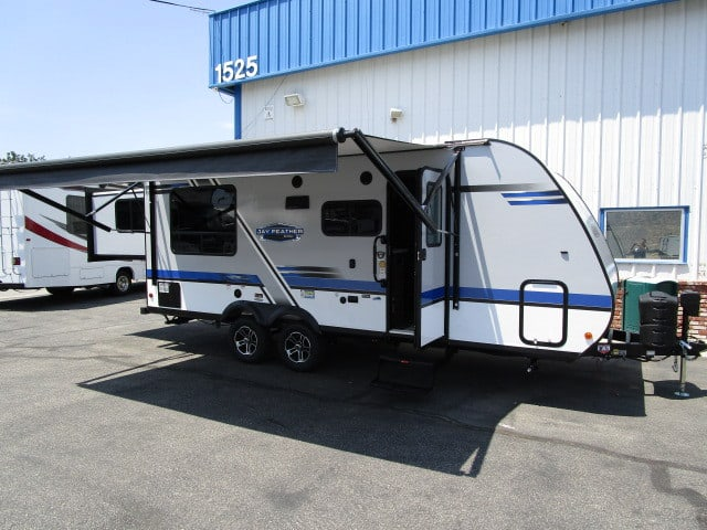NEW 2019 Jayco JAY FEATHER X213