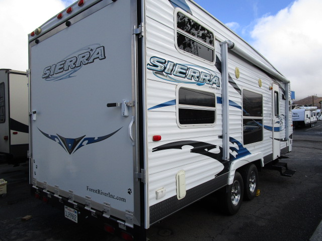 USED 2008 Forest River SIERRA 22FK