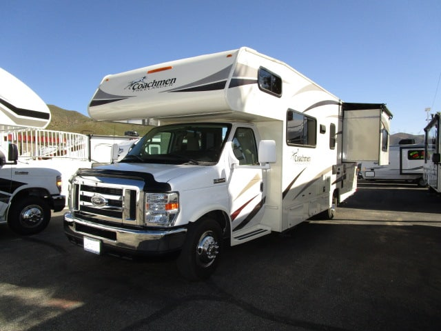 USED 2016 Forest River COACHMEN 26RS