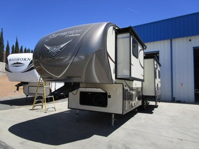 Lancaster Amp Acton Rv Sales Rv Rentals California Rv Dealer