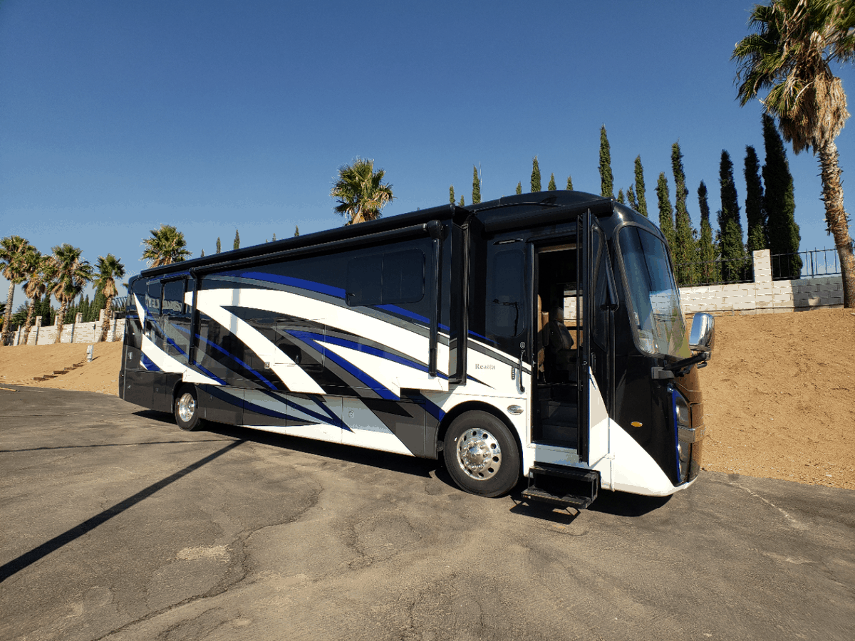 USED 2019 Entegra REATTA 39T2