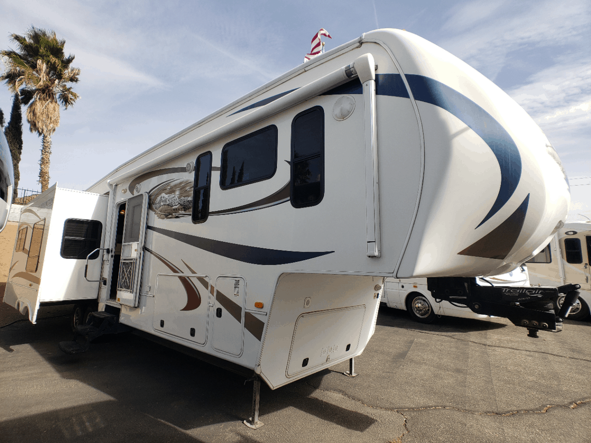 USED 2011 Grand Junction GRAND JUNCTION 352MS