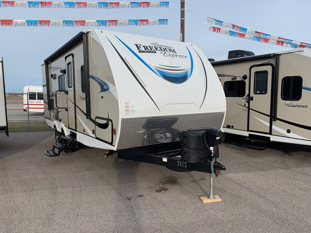 NEW 2019 Coachmen FREEDOM EXPRESS 231RBDS - American RV