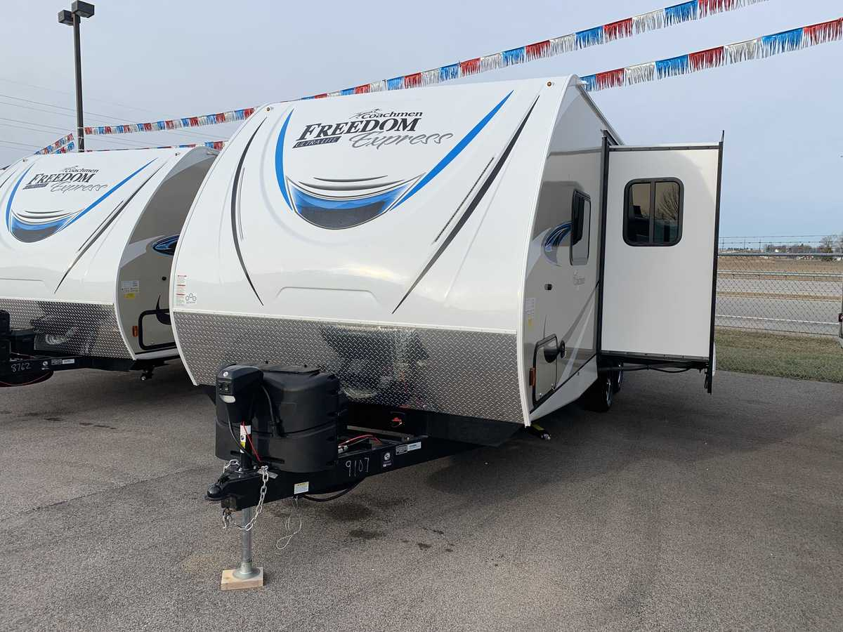 NEW 2019 Coachmen FREEDOM EXPRESS 231RBDS - American RV
