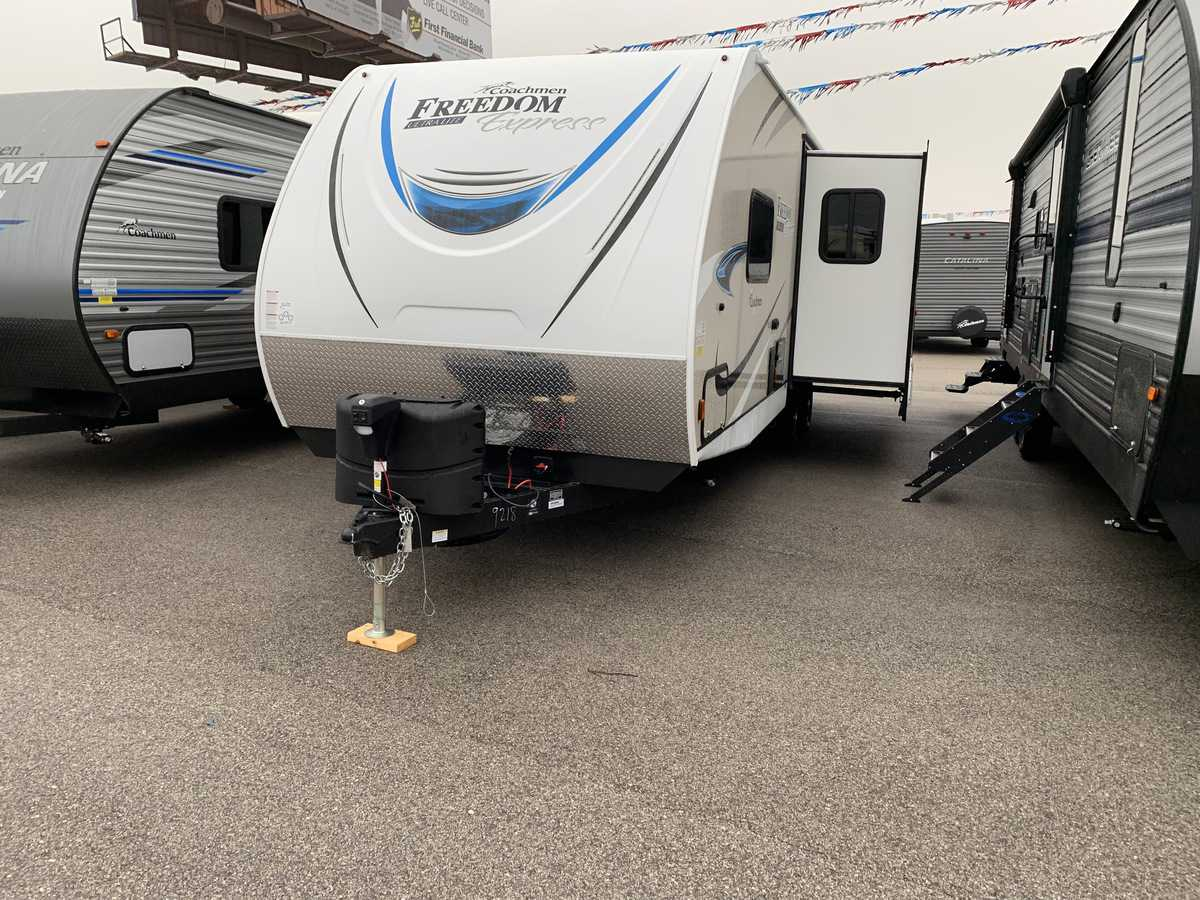 NEW 2019 Coachmen FREEDOM EXPRESS 281RLDS - American RV