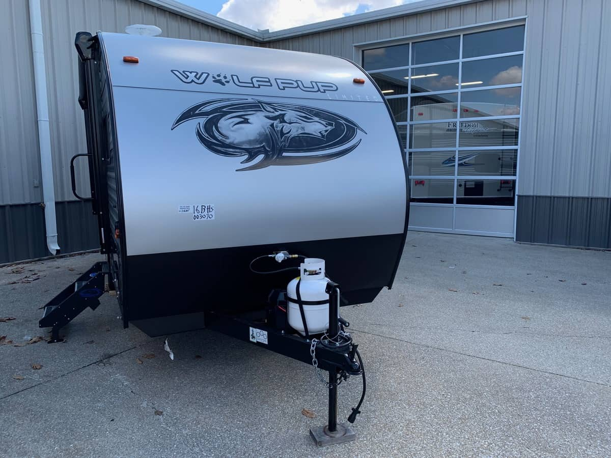 New 2019 Forest River Cherokee Grey Wolf 19sm Evansville In
