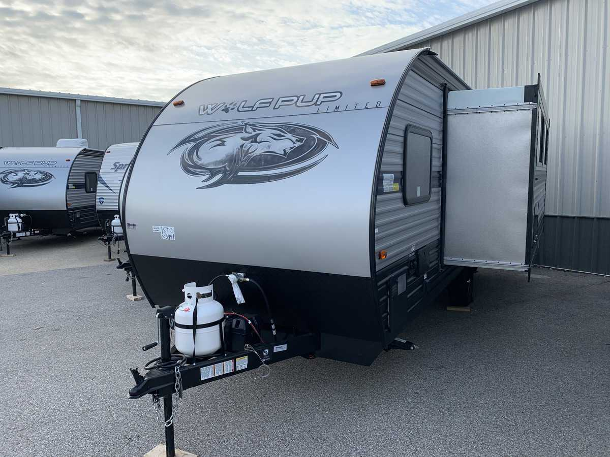 NEW 2019 Forest River CHEROKEE WOLF PUP 18TO - American RV