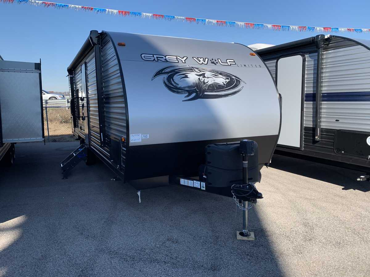 NEW 2019 Forest River CHEROKEE GREY WOLF 26DJSE - American RV