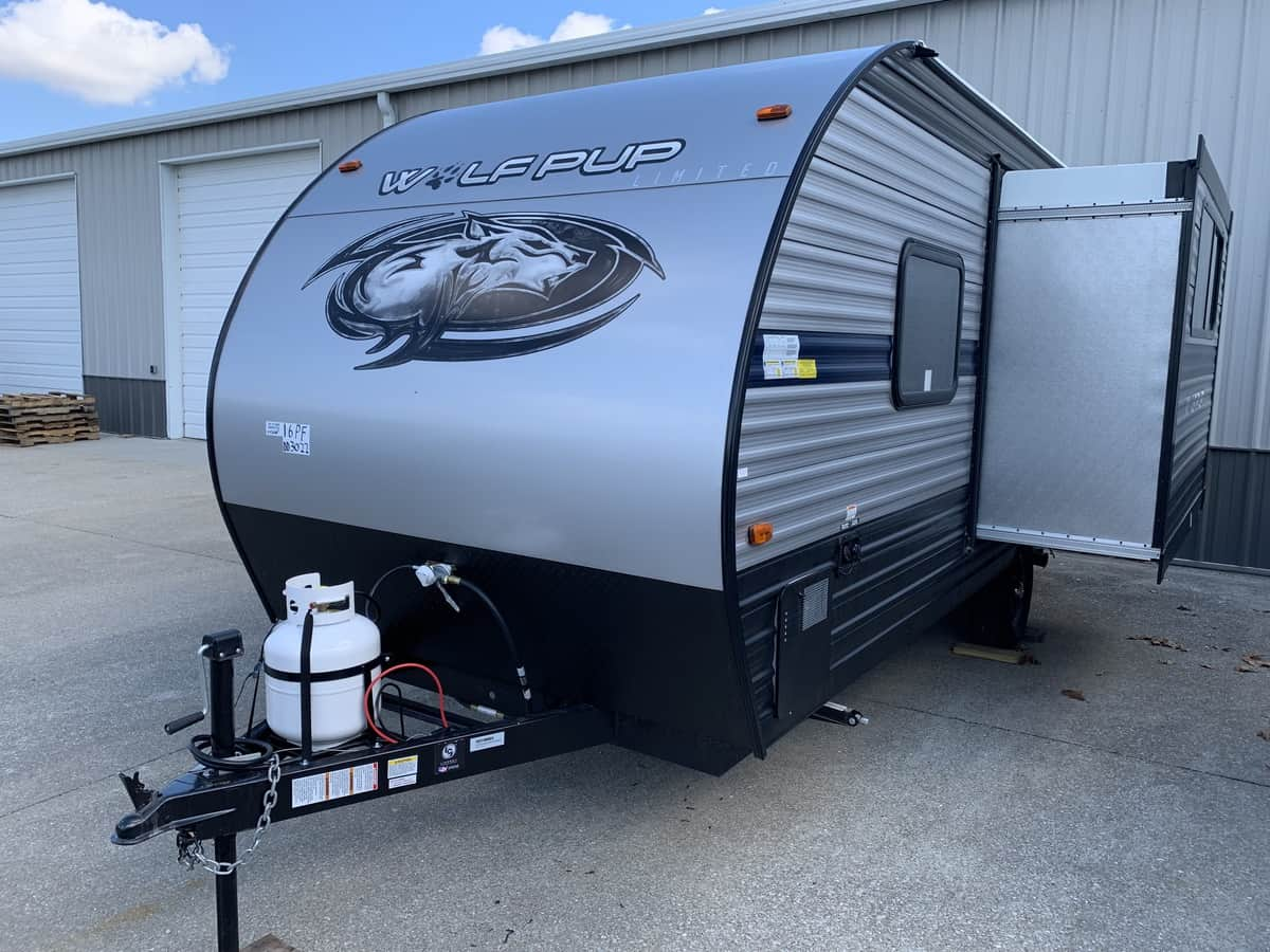 NEW 2019 Forest River CHEROKEE WOLF PUP 16PF - American RV