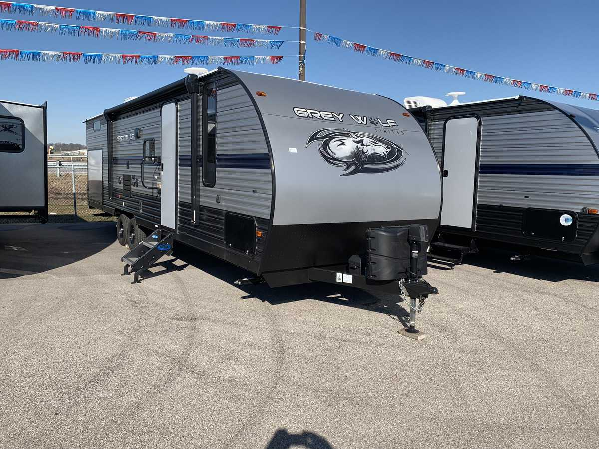 NEW 2019 Forest River CHEROKEE GREY WOLF 29BH - American RV